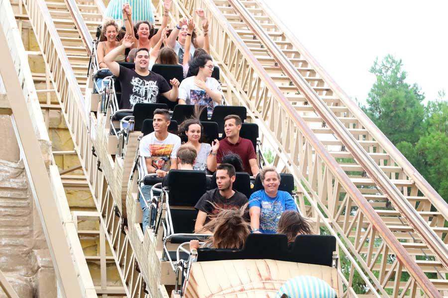 actividades en grupo parque de atracciones zaragoza